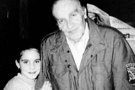 Unuka Alije Izetbegovića na godišnjicu djedove smrti objavila rijetko viđenu fotografiju