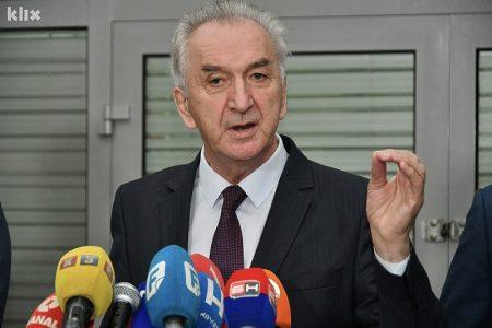 Šarović: Vlast u RS-u beskrupulozno dovodi u opasnost zdravlje vlastitog naroda